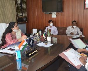 सिरमौर :नए मतदाताओं के पंजीकरण के लिए चलाएं विशेष जागरूकता अभियान : एडीसी