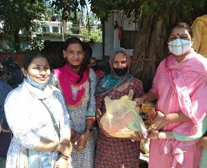 Sujanpur: Prime Minister's birthday celebrated under the service hi dedication program