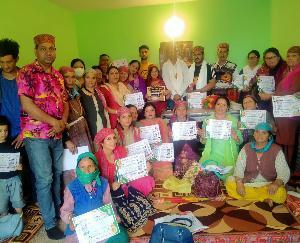 Manali: Corona warrior honor ceremony organized by Himachal Ekta Manch at Aleu
