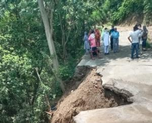 Indore: The culvert made by the panchayat broke within 15 days, MNREGA Lokpal imposed fine