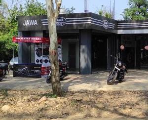 Himalayan Riders Jawa Bike Showroom Opens in Dehra: Nehran Pukhar