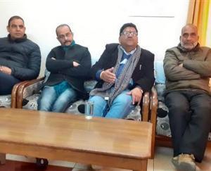 हमीरपुर में कांग्रेस को लगा बड़ा झटका