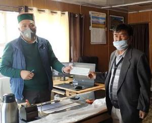 कुंजूम माता मंदिर कमेटी ने कोविड फंड में डेढ़ लाख रुपए किए भेंट