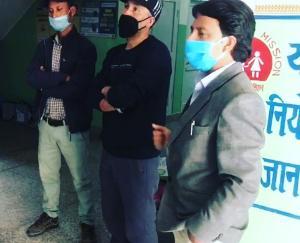 किन्नौर युंका पदाधिकारियों ने पीएचसी स्किबा को सुरक्षा किट किए आवंटित