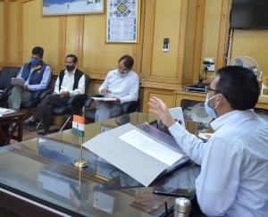सेब सीज़न से पहले किन्नौर जिला प्रशासन ने शुरू की तैयारियां