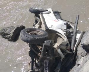 car-accident-driver-and-one-itbp-personnel-missing