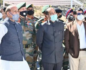 defence-minister-visits-atal-rohtang-tunnel-before-inauguration