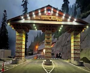 atal-rohtang-tunnel-results-in-accident