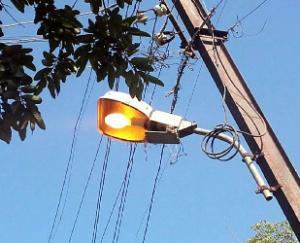 Satyaprakash-raised-questions-regarding-the-installation-of-street-lights