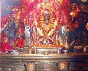 chamunda-devi-temple-in-kangra-himachal-pradesh