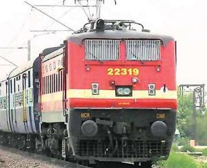 रेलवे ने की 46 स्पेशल ट्रेनों को चलाने की घोषणा