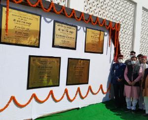 CM-laid-the-foundation-stone-for-various-developmental-projects