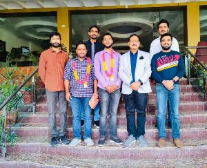 Newly-appointed-presidents-of-Youth-Congress-meet-former-MLA