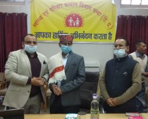Gulshan-Pal-honored-in-Health-Department-Chamba-meeting