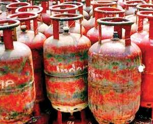 lpg-prices-hike-upto-rs-100