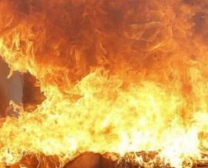 Fire-in-mask-making-factory-1-killed