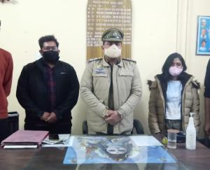 SHO-Dadlaghat-Jeet-Singh-saves-tourists-from-trouble-know-why-tourists-thank