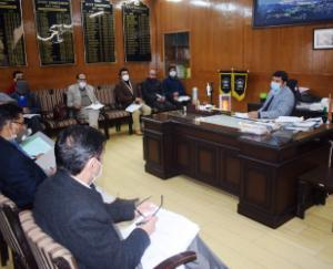 DC-Shimla-held-review-meeting-of-various-schemes