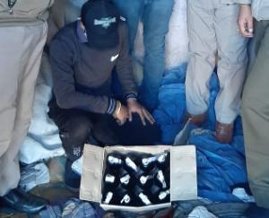 15-bottles-of-illegal-desi-liquor-recovered-from-shop-in-Karadaghat