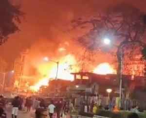 Major fire breaks out at north Kolkata slum