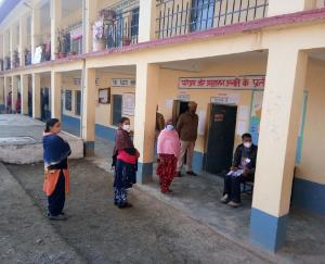 polling-for-Panchayati-Raj-institutions-in-Kunihar-development-block-in-first-phase