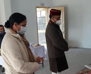 Dr. Rajiv Saizal voted in ward number-2 Rihun of Gram Panchayat Anhech