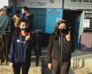 Second phase of Panchayat elections: 43.03 percent voting in Solan till 12 noon