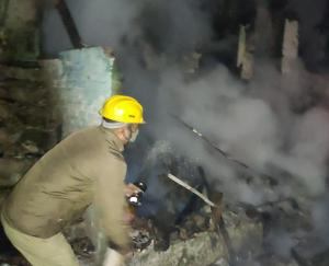 person-living-inside-the-house-died-due-to-fire-in-house