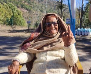 70 percent voting till 2 pm in Solan development block
