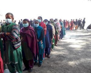 voting-in-third-phase-in-Dharampur-development-block