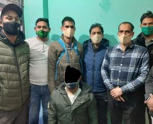 african-man-arrested-from-delhi-by-kullu-police