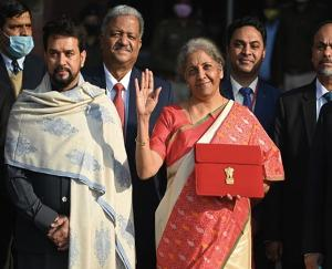 From-Bengal-to-Assam-Modi-government-gave-big-gifts
