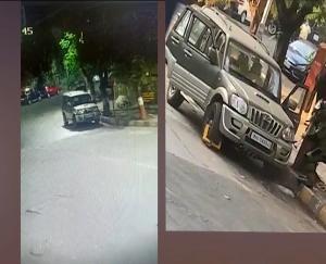 उद्योगपति मुकेश अंबानी के घर के बाहर मिली संदिग्ध गाड़ी