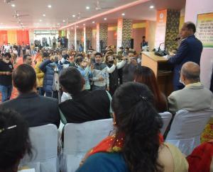 CM Jairam Thakur read the lesson of the Women's Front in Una