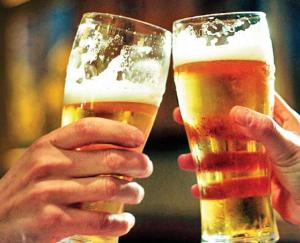 Hamirpur: Drunk in the open, then fined 500 rupees, the panchayat took a big decision