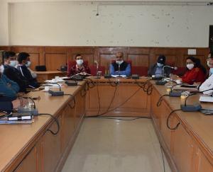 Review meeting regarding Kovid-19 held in Solan