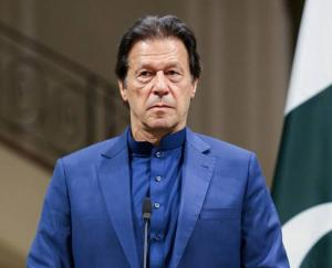 Pakistani PM Imran Khan Corona positive, Chinese vaccine was installed two days ago