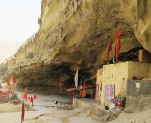 pakistan-hinglaaj-temple-18-april